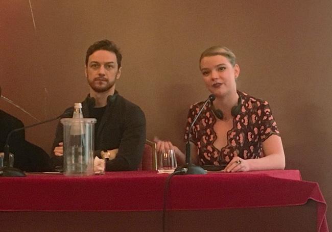 James McAvoy e Anya Taylor-Joy alla conferenza stampa milanese del film SPLIT - Foto di Luca Zanovello