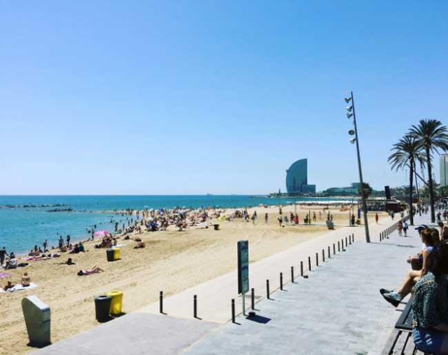 Barcellona, la spiaggia della Barceloneta - Foto: Anna Falciasecca