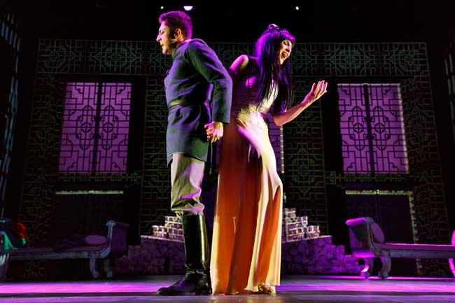 Pietro Pignatelli e Lorella Cuccarini nel musical La Regina di Ghiaccio © Musacchio, Ianniello & Pasqualini