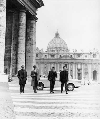 mostra Eternal City - Monica Pidgeon, St Peter's Square, 1961