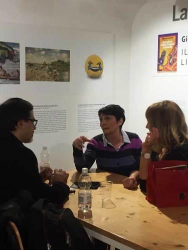 Emanuele Manco intervista la scrittrice Jill Dawson a Milano