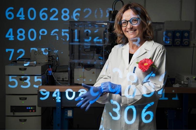 Mostra Una vita da scienziata – I volti del progetto #100esperte, fotografo Gerald Bruneau, (c) Fondazione Bracco