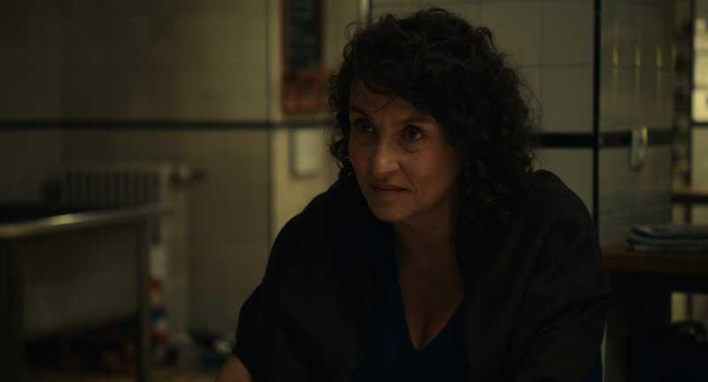 Noémie Lvovsky in una scena del film I Villeggianti - Foto: Lucky Red