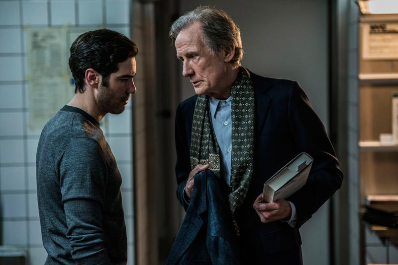 Tahar Rahim e Bill Nighy in una scena del film The kindness of Strangers © Per Arnesen