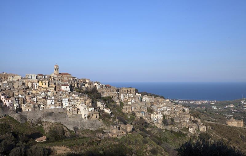 borgo di Badolato (CZ) - Foto di Salvatore Paravati (c) FAI