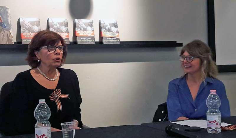 Ritanna Armeni con Elena Mihailo Pensa alla presentazione del suo libro - Ph: Sarah Pellizzari Rabolini