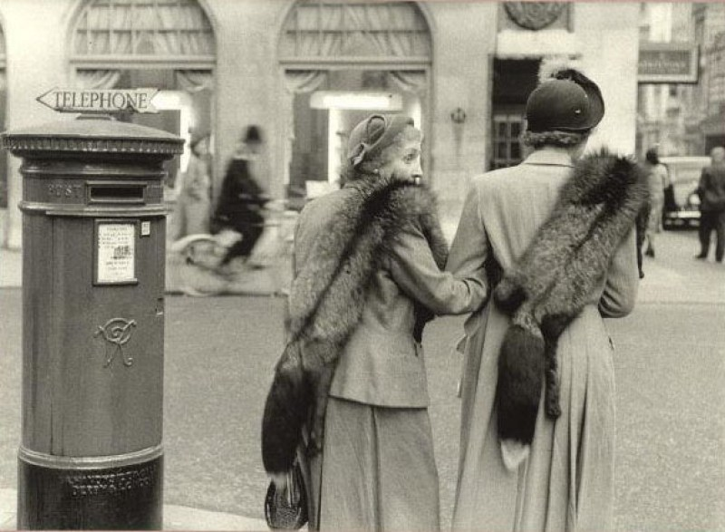 Inge Morath, New Bond Street, London, Great-Britain, 1953; © Inge Morath/Magnum Photos