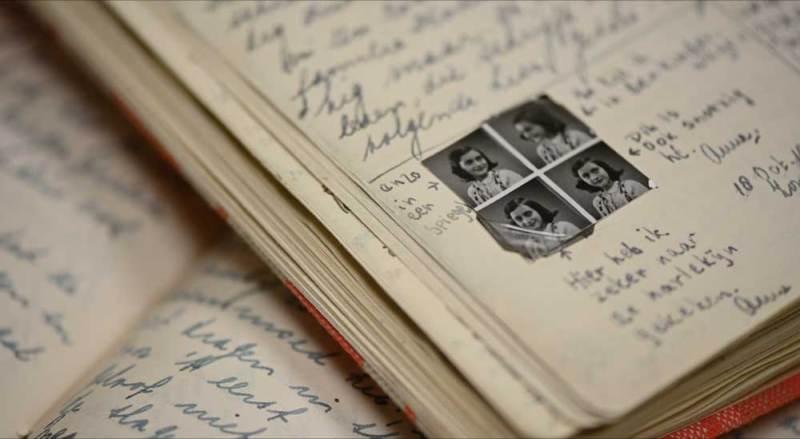 Un dettaglio del diario di Anna Frank - Photo: courtesy of Nexo Digital