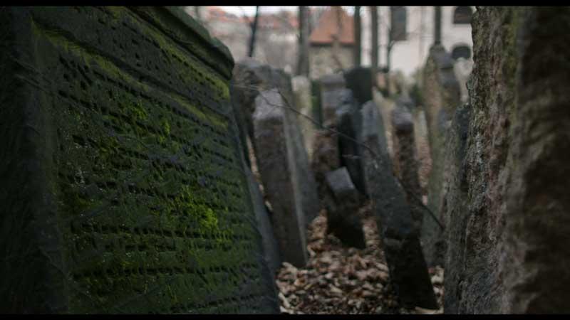 Tombe alla Sinagoga di Praga - Photo: courtesy of Nexo Digital