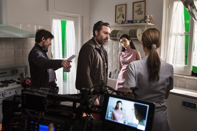 Il regista Saverio Costanzo con Gaia Girace sul set de L'Amica Geniale 2. Photo by Eduardo Castaldo.