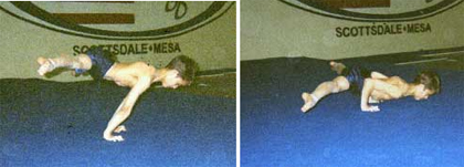 Straddle-Planche-Pushup