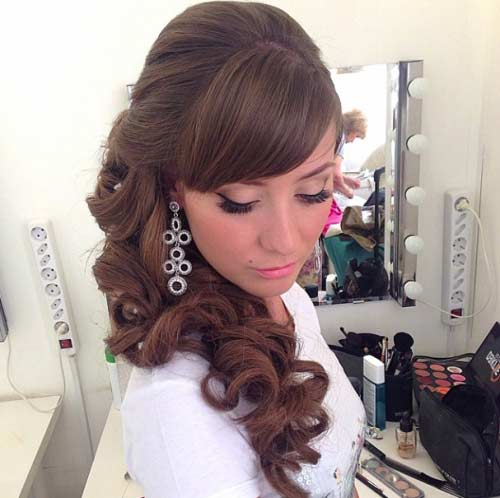 To The Side Wedding Hairstyles: Classic Wedding Hairstyles And Updos
