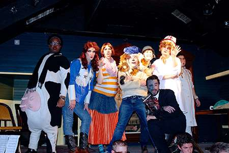 Wig Performs with Hasty Pudding at their Fall Show