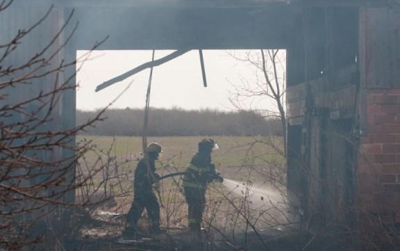 us31_barn_fire_042814_grant_free_soil