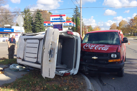 scottville_rollover_102714_a