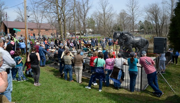 Dedication of Fountain sculpture.