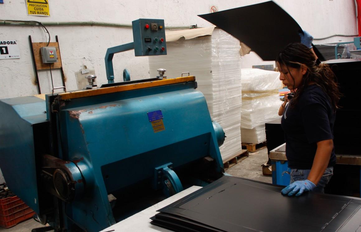 MƒXICO, D.F., 29ABRIL2010.- Aspecto de un centro de reciclaje. FOTO: IVAN STEPHENS/CUARTOSCURO.COM