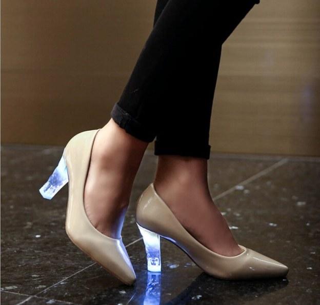 zapatos con led