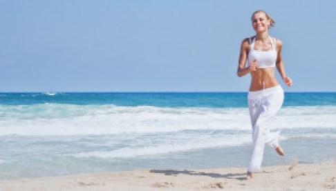 Correr en verano al amanecer o atardecer en la playa, un lujo!