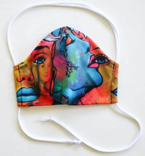 Masque en tissu de l'artiste Jeannette Guichard BUNEL