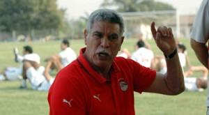 حسن شحاتة و منتخب مصر يستعدون للمباراة مع منتخب الجزائر