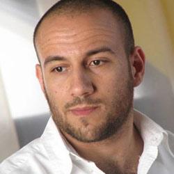 فيديو احمد مكي اغنية بحب وطني مصر | اغنية احمد مكي بحب وطني مصر
