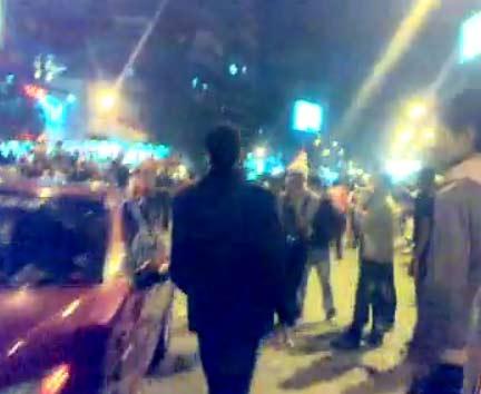 احتفالات في شارع جامعة الدول العربية بالفوز في مباراة مصر والجزائر |فيديو