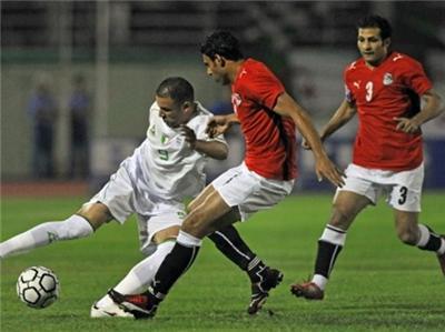 ممنوع بيع تذاكر مباراة مصر والجزائر لاي شركة حفاظا على لعيبة منتخب مصر
