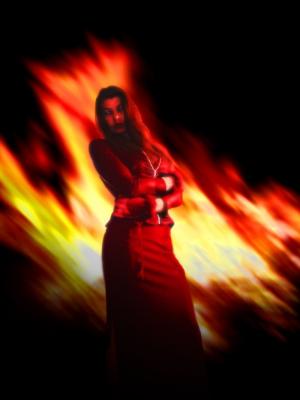 حلاق البساتين أشعل النار في عشيقته بعد أن طالبته بإنهاء العلاقة