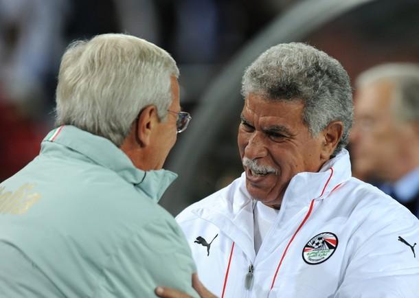 مد عقد حسن شحاتة قبل كأس الامم الافريقية انجولا 2010 لمدة 5 سنوات