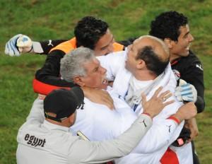 حسن شحاتة واستعدادات كأس الامم الافريقية انجولا 2010