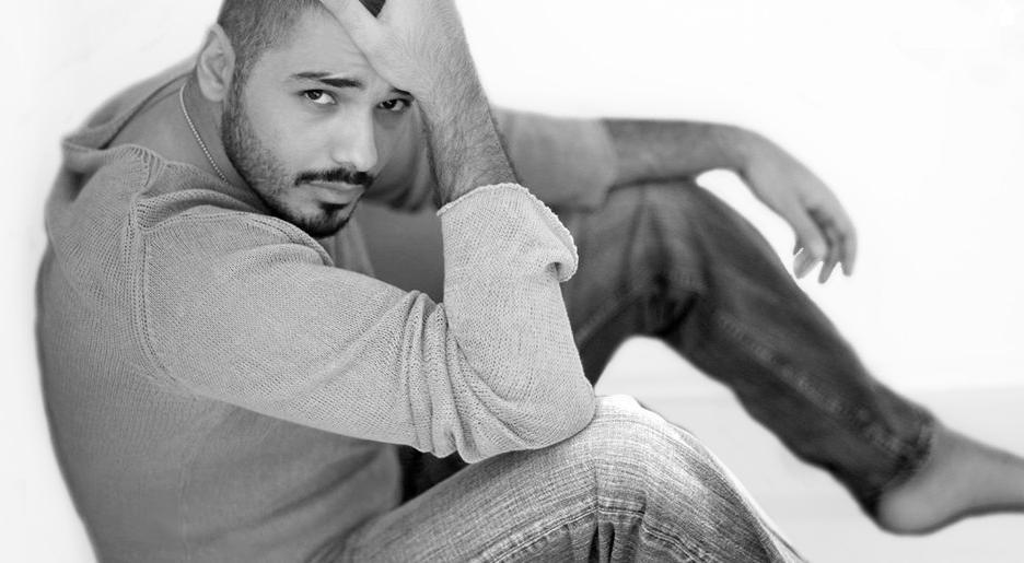 رامي عياش : قلبي فاضي وانتظر فتاة احلامي | كليب رامي عياش وعدوية