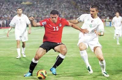 الفيفا : غداً القرار النهائي بـ اعادة مباراة مصر والجزائر