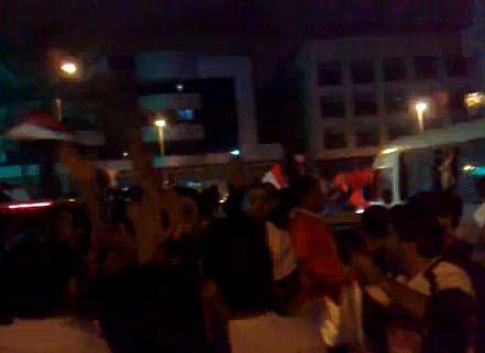 فرحة المصريين بالفوز على الجزائر | فيديو