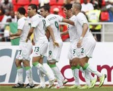 الجزائر تتغلب علي مالى وتشعل الصراع في المجموعة الاولى | اهداف مباراة الجزائر ومالى