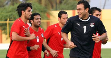 حسن شحاتة في مواجهة الجواسيس قبل مباراة مصر ونيجيريا انجولا 2010