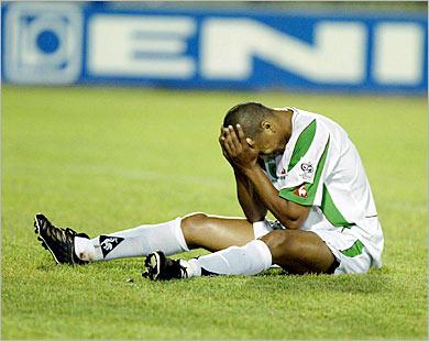 سعدان يتهم منتخب مصر بانه سبب هزيمة منتخبه امام نيجيريا