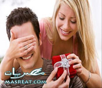 افكار هدايا عيد الحب للرجال المخطوبين