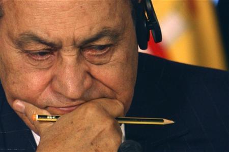 اهتمام عالمي بـ اخبار صحة الرئيس مبارك