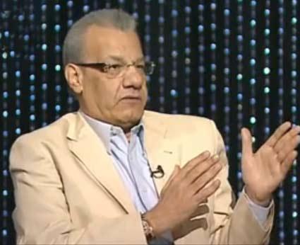 تغريم عادل حمودة و الفجر لانتهاك حرمة حياة احمد عز