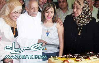 احتفال احمد فؤاد نجم بعيد ميلاده بين الاسرة والاصدقاء