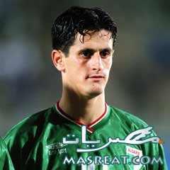 صايفي لاعب المنتخب الجزائري