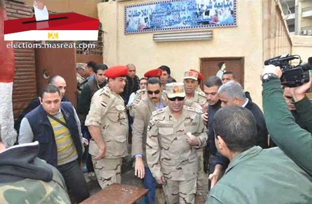 الفريق عبد الفتاح السيسي قبل موعد اعلان ترشحه في انتخابات الرئاسة 2014