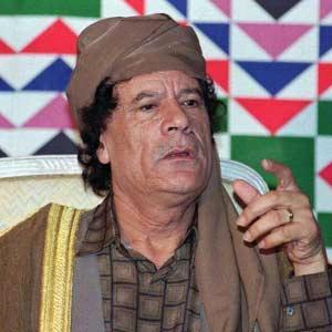 اسلام ستة ملوك افارقة على يد معمر القذافي