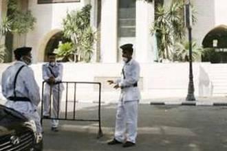 السلطات المصرية ترحل 20 إسلاميا فرنسيا