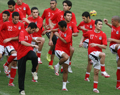 شربها الكل | ساركوزي : أدعو الرب كل صباح من أجل وصول منتخب مصر للمونديال