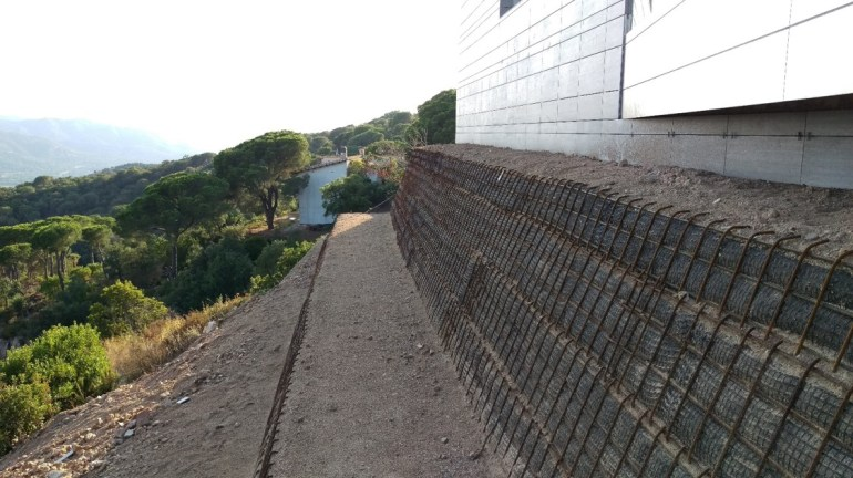 Construcció mur verd 08