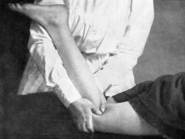 1913 masseuse