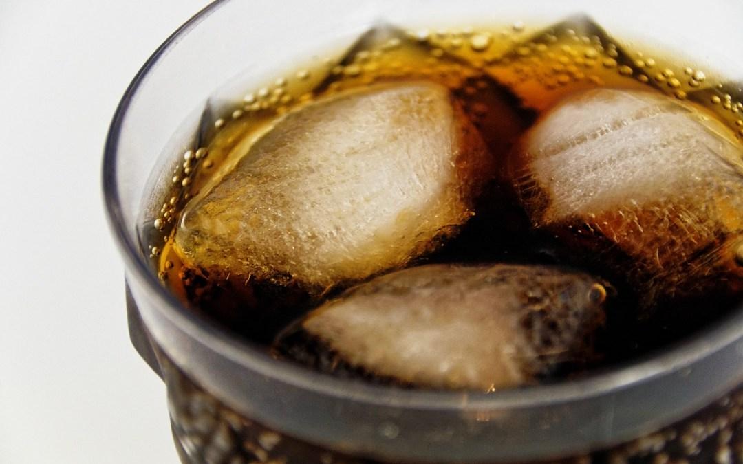 Los 10 principales daños por consumir refrescos de cola