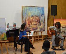 El libro de poesía ilustrada 'Bamba Tuba',de Eva Estúa, se presentó en Tías